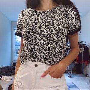 Black and white cropped tshirt